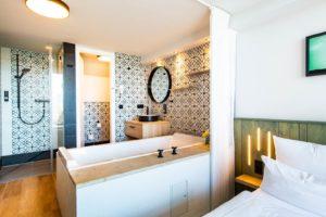 Unser Badezimmer im fjord hotel berlin bei den LINDEMANN HOTELS®