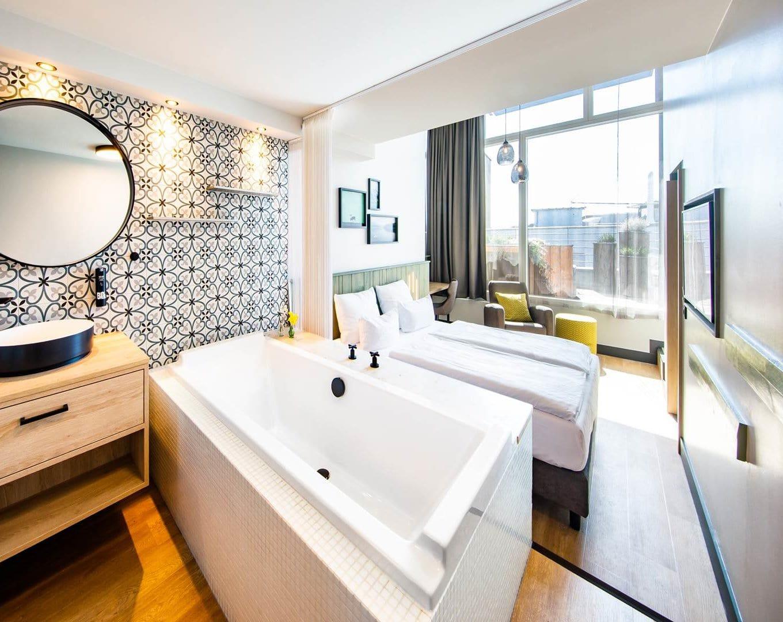SCHØNES BÅD im fjord hotel berlin   LINDEMANN HOTELS®